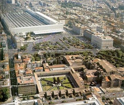 Дешевле всего в центре удастся найти отель у вокзала Roma Termini.jpg
