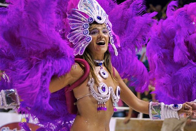 Карнавал в Аргентине.jpg