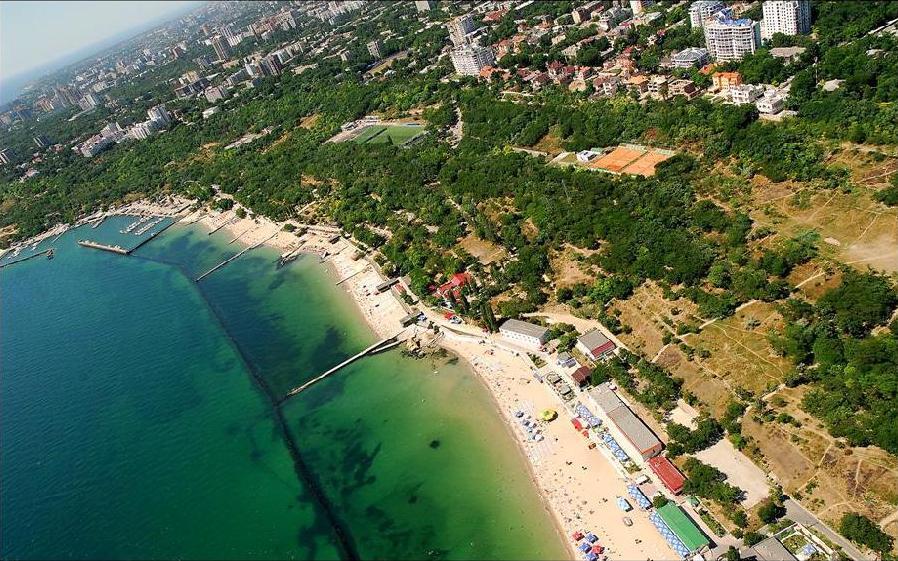 Одессу нельзя представить без моря и пляжей, общая протяженность которых более 20 км