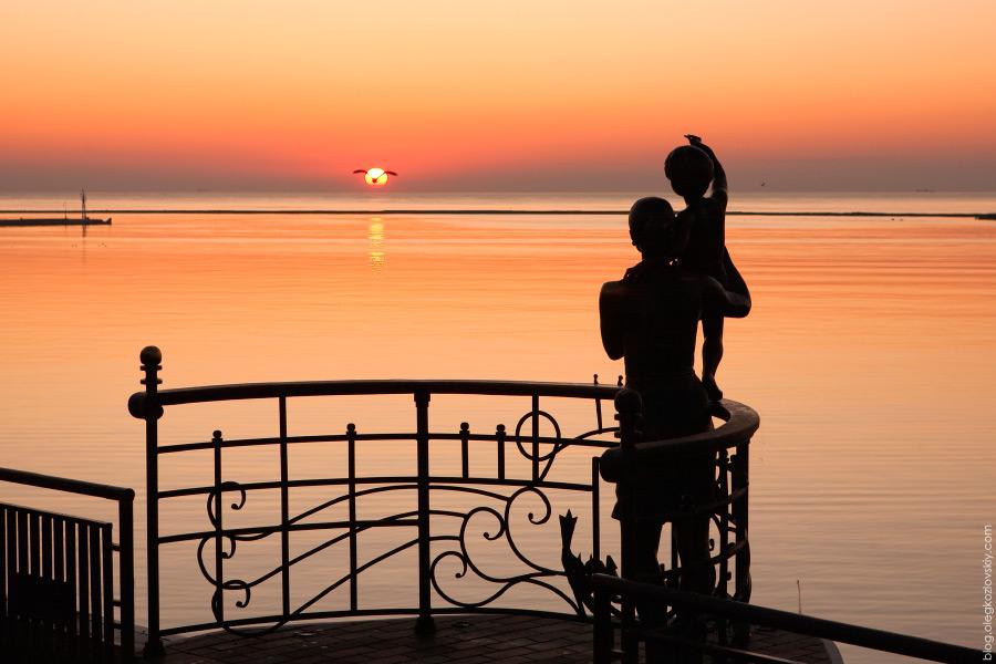 Памятник жене моряка, Одесса